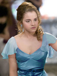 As much as I loved her dress in the film, part of me just wanted to see her in blue, as described in the book